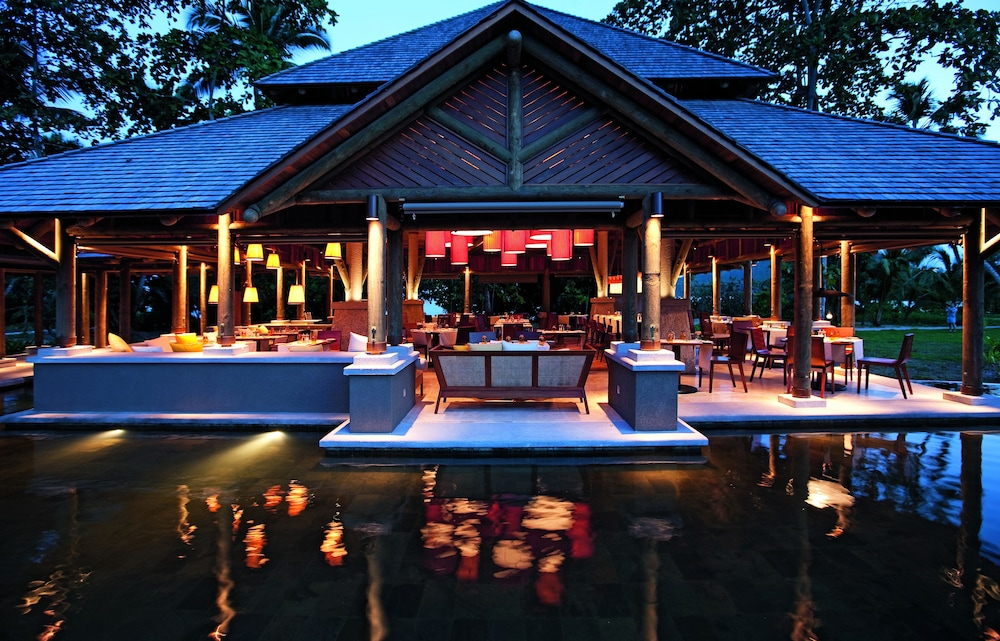 https://i.travelapi.com/hotels/4000000/3120000/3111100/3111005/0e0f59e3_z.jpg