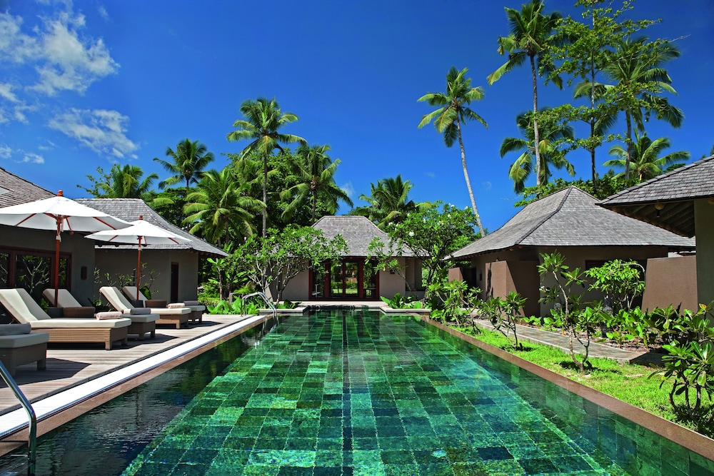 https://i.travelapi.com/hotels/4000000/3120000/3111100/3111005/16cdbf78_z.jpg