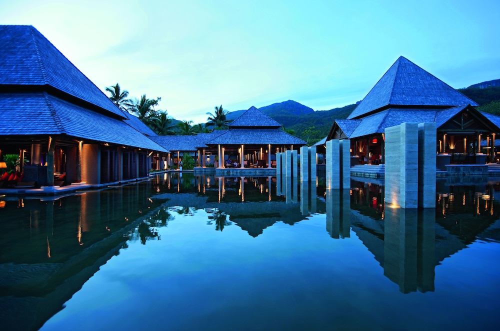 https://i.travelapi.com/hotels/4000000/3120000/3111100/3111005/1e814156_z.jpg