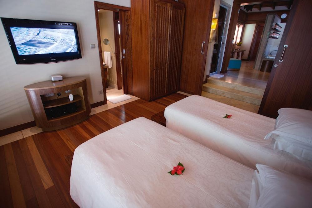 https://i.travelapi.com/hotels/4000000/3120000/3111100/3111005/3180bdd7_z.jpg