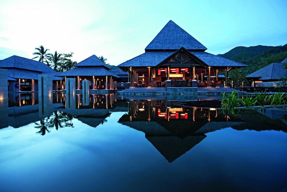 https://i.travelapi.com/hotels/4000000/3120000/3111100/3111005/3191aff9_z.jpg