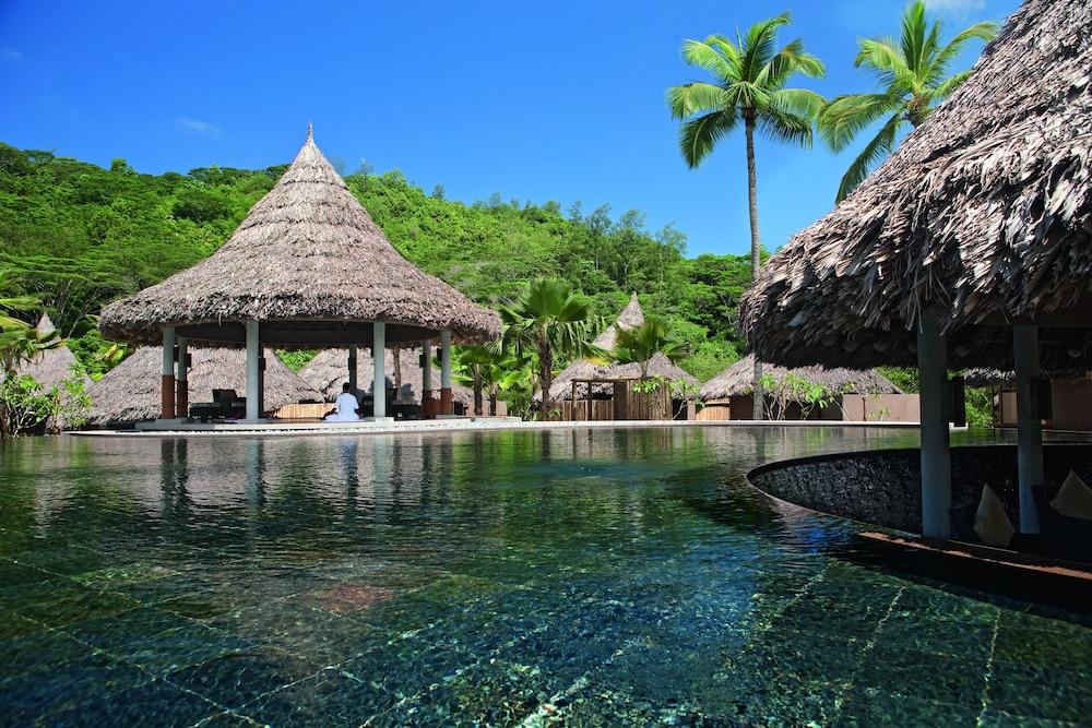 https://i.travelapi.com/hotels/4000000/3120000/3111100/3111005/34fac714_z.jpg