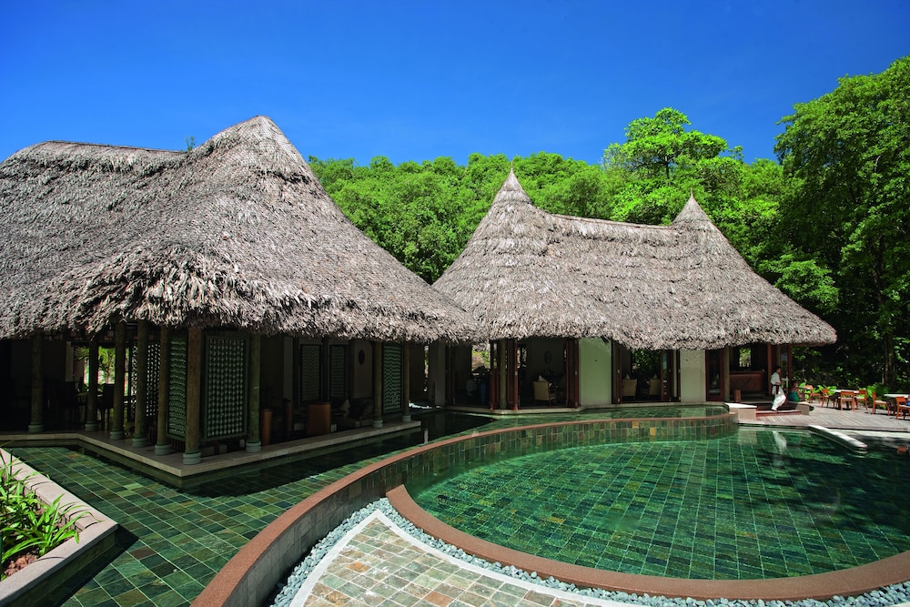 https://i.travelapi.com/hotels/4000000/3120000/3111100/3111005/e1a3f62d_z.jpg