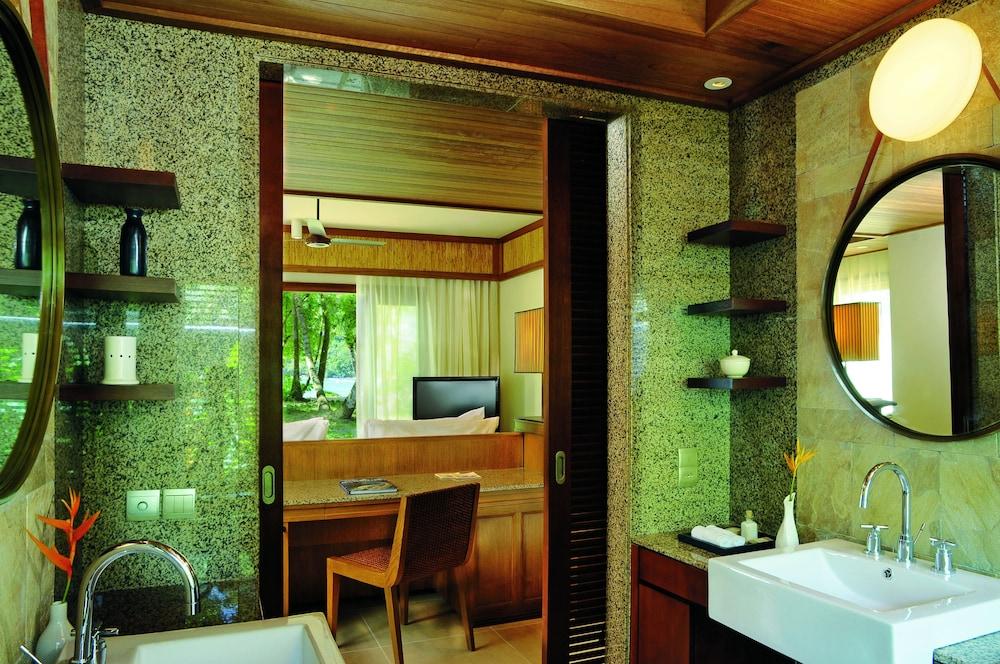 https://i.travelapi.com/hotels/4000000/3120000/3111100/3111005/e6f5dc92_z.jpg