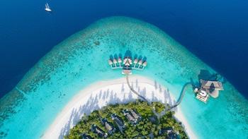 Anantara Kihavah Maldives Vill..