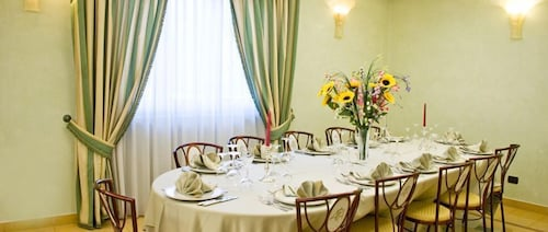 Alessi Palace Hotel, Caltanissetta