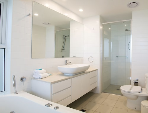 Kirra Surf Apartments, Coolangatta