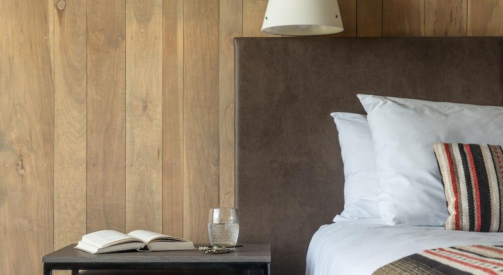 https://i.travelapi.com/hotels/4000000/3130000/3124400/3124339/48a5f4b7_z.jpg