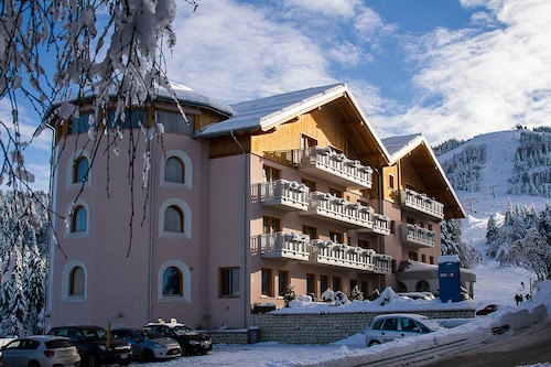 . Hotel Norge