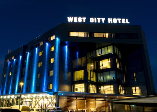 . West City Hotel