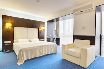 Hotel - Tourist Hotel
