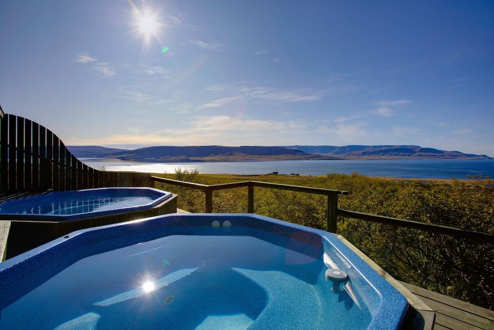https://i.travelapi.com/hotels/4000000/3140000/3134300/3134265/874b9e3c_z.jpg