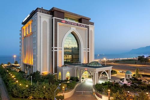 . Crowne Plaza Hotel Antalya