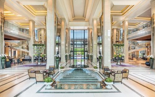 . Siam Kempinski Hotel Bangkok