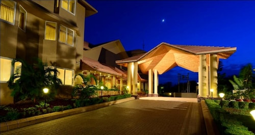 . The Chariot Resort & Spa