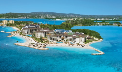 . Secrets Wild Orchid Montego Bay - Luxury