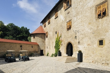 Hotel Grad Otocec Relais & Châ..