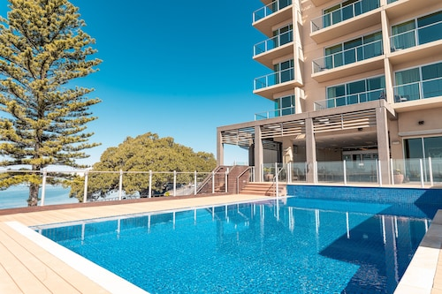 . The Port Lincoln Hotel