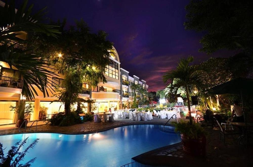 ホテル フルーリス パラワン