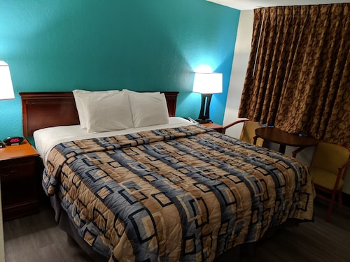 . Americas Best Value Inn Bradford