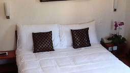 Standard Room, 1 Double Or 2 Twin Beds, Garden View