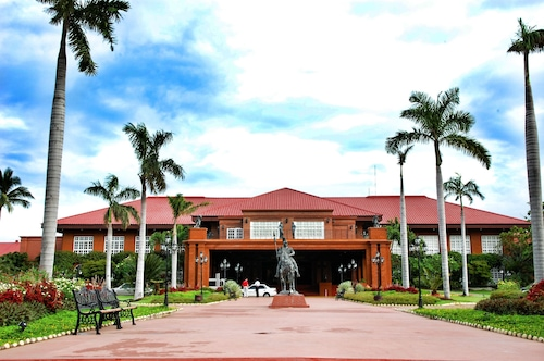 . Fort Ilocandia Resort Hotel