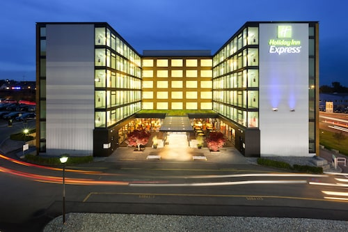 __{offers.Best_flights}__ Holiday Inn Express Zurich Airport