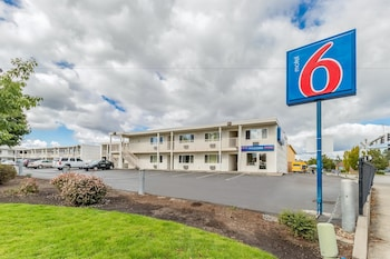 Hotel - Motel 6 Beaverton