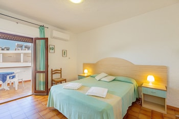 Double Room, 1 Double or 2 Twin Beds, Balcony, Ground Floor