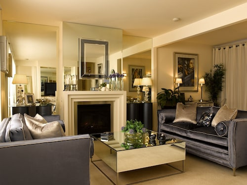 Andre's Mews Luxury Serviced Apartments, Yarra - Richmond