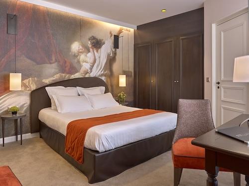 __{offers.Best_flights}__ Hotel De Guise