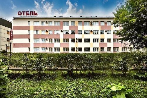 . Avtozavodskaya Hotel