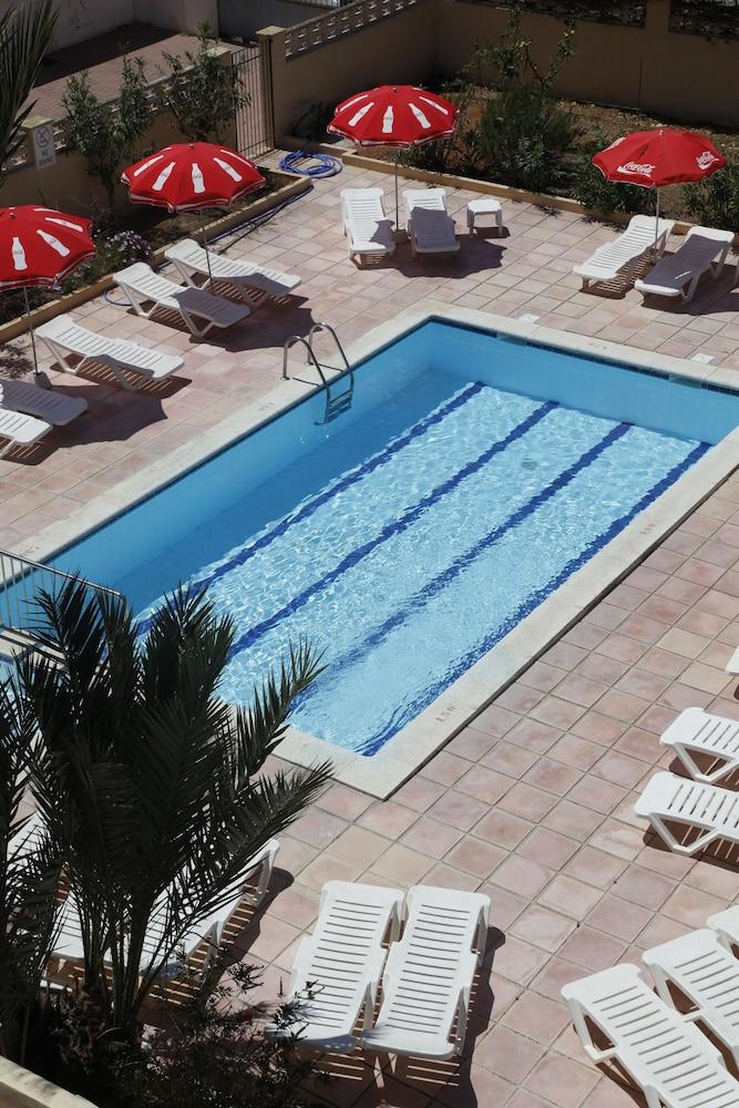 아파르타멘토스 산딕(Apartamentos Sandic) Hotel Image 21 - Outdoor Pool