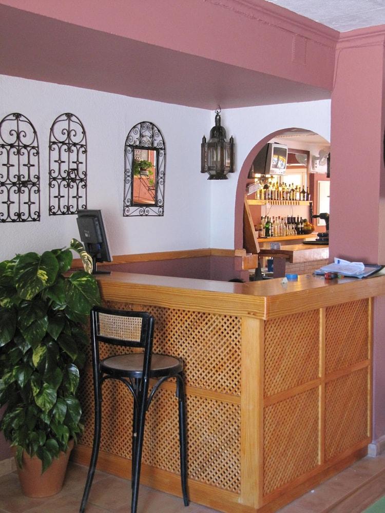 아파르타멘토스 산딕(Apartamentos Sandic) Hotel Image 12 - Reception