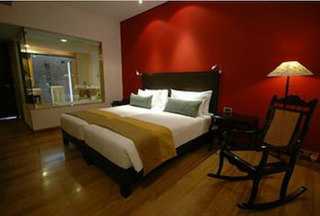 Standard Room, 2 Twin Beds, Courtyard Area