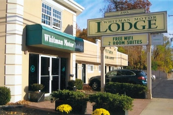 Hotel - Whitman Motor Lodge