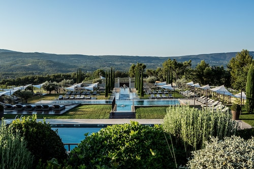 . Coquillade Provence Resort & Spa