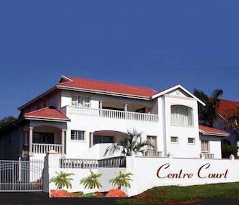 Hotel - Centre Court B & B