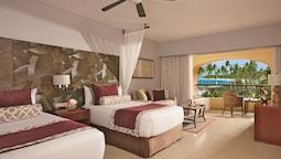 Preferred Club Junior Suite Pool View 2 Double Beds (resort Access To Now Larimar)