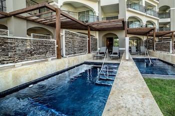 Preferred Club Jr Suite Private Pool Double Beds