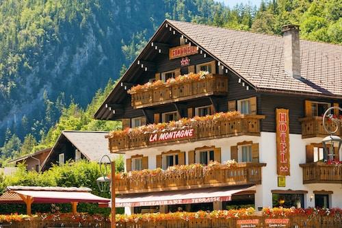 __{offers.Best_flights}__ Hôtel La Montagne