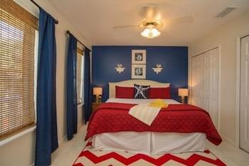 Room (92 Atlantic Suite at Vilano Beach)