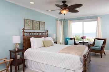 Room (101 Dunes Suite at Vilano Beach)