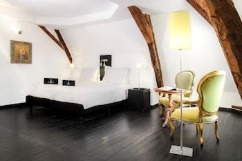 Luxury Tek Büyük Yataklı Oda