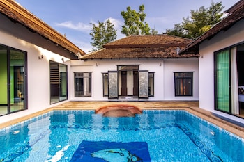Mandawee Pool Villas