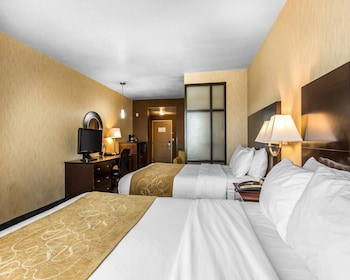 洛杉磯近工業城凱富全套房飯店 Comfort Suites Near City of Industry - Los Angeles
