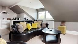 Penthouse Apart
