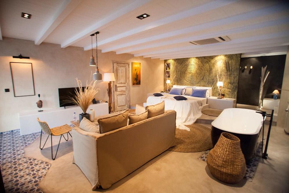 에빌리온 씨 & 썬(Evilion Sea And Sun) Hotel Image 24 - Guestroom