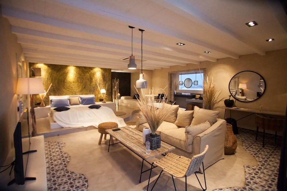 에빌리온 씨 & 썬(Evilion Sea And Sun) Hotel Image 27 - Guestroom