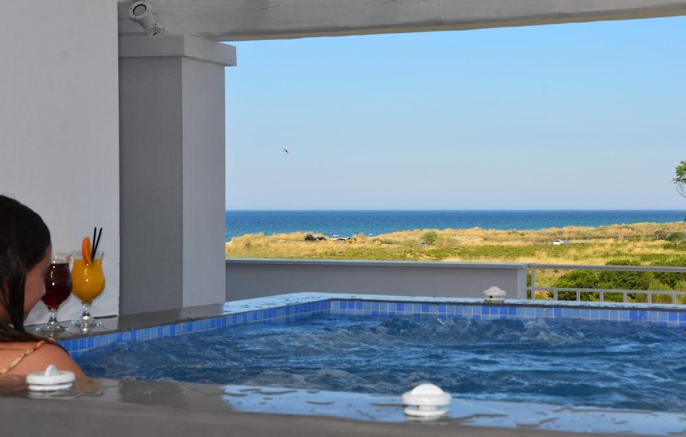 에빌리온 씨 & 썬(Evilion Sea And Sun) Hotel Image 58 - Jetted Tub